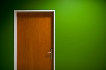 green-walls-and-doors-picture-material_38-7158.jpg
